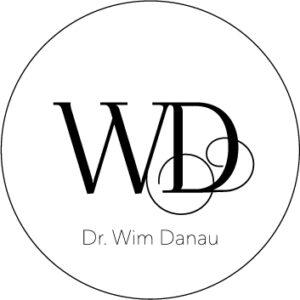 LOGO design esthetisch chirurg Wim danau